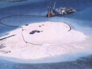 Trung Quốc đang xây đường băng trên đảo Gạc Ma