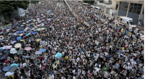 Hình ảnh biểu tình dữ dội  ở Hồng Kông