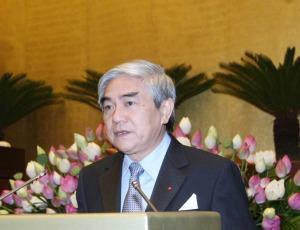 Bộ trưởng KH & CN Nguyễn Quân trả lời chất vấn trước Quốc hội (Ảnh: Internet)