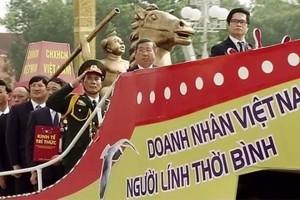 """""""Chủ tịch VCCI lái tàu cổ chở Thánh Gióng và Cột chủ quyền đi đâu?"""""""