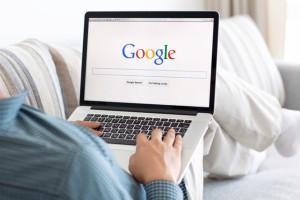 Danh sách từ khóa được tìm kiếm trên Google năm 2015 cũng khiến người ta đưa đến kết luận về dân trí Việt Nam - Ảnh minh họa: Shutterstock