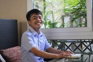 Facebooker Hạ Hồng Việt