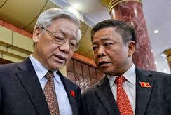 Ông Võ Kim Cự và TBT Nguyễn Phú trọng (Ảnh: Internet