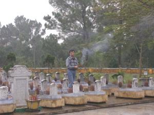 Nghĩa trang Trường Sơn (Ảnh do tác giả cung cấp)
