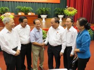 Thủ tướng Nguyễn Xuân Phúc tiếp xúc cử tri TP.Hải Phòng. (Nguồn ảnh: Lao Động online)