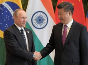 Tổng thống Nga Vladimir Putin tuyên bố ủng hộ lập trường của Trung Quốc trong vụ kiện Biển Đông