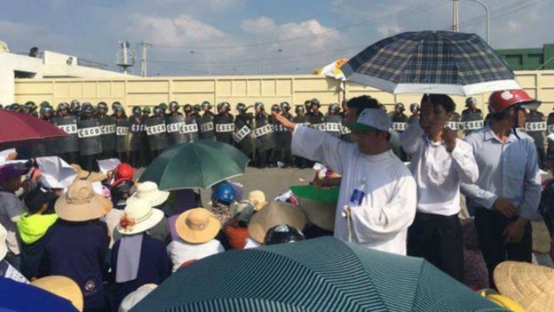 161002050611_formosa_protest_ky_anh_640x360_tinmungchonguoingheo_nocredit