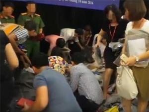 Cảnh tượng lộn xộn, tranh cướp tang vật tại trụ sở Bộ KH&CN (Nguồn: VTC News)