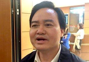 Bộ trưởng Bộ GD-ĐT Phùng Xuân Nhạ trao đổi với báo chí sáng 14-11 – Ảnh: Đ.BÌNH/ VNN