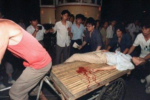 Hàng ngàn học sinh đầu rơi máu chảy, hàng chục ngàn tinh anh rơi vào ngục tối, hàng triệu người dân vô tội bị bức hại